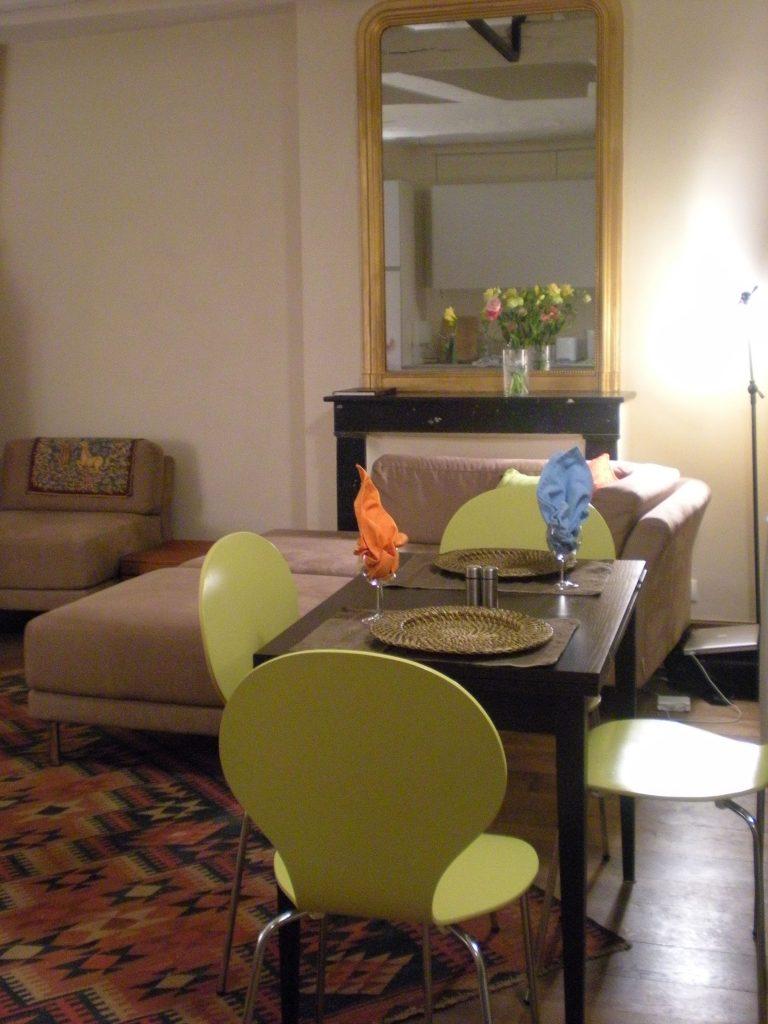 Paris Rental - Living room