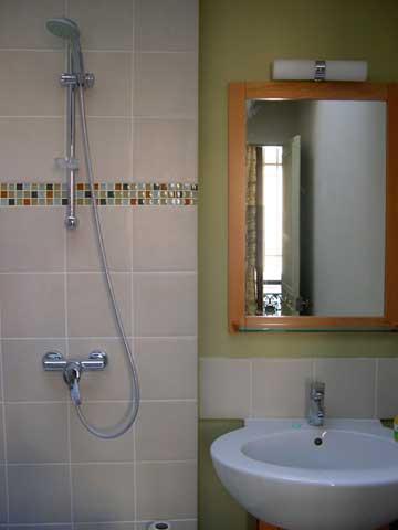 bathroom-web.jpg