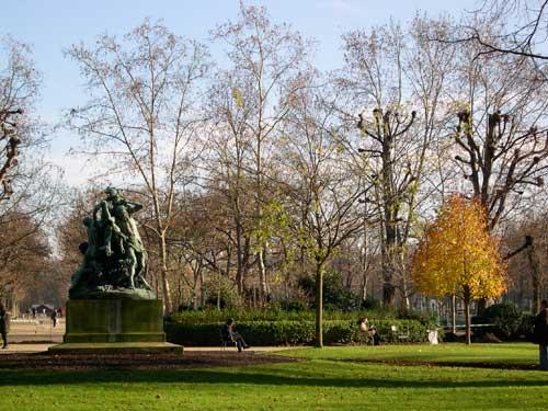 park-statue.jpg
